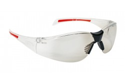 VÉDŐSZEMÜVEG JSP STEALTH 8000 AS VÍZTISZTA 0501050581999  511501050581999  Rendkívül kis tömegű védőszemüveg, mindössze 26g. Polikarbonát lencse szemhez közeli 9 bázisú görbülettel, UVA, UVB és UVC védelem, állítható orrtámasz, szemüveg szárakon gumi végződés. EN166 1.F.T.K: víztiszta lencse páramentes és karcálló bevonattal. EN170 (UV védelem): víztiszta és sárga lencse, EN172 (UV400 napfényt szűrő): füstszínű lencse.